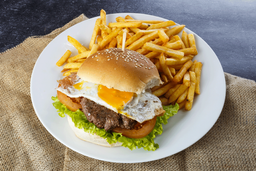 Hamburguesa Completa + Fritas + Refresco 500ml