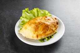 Empanada Pollo con Ciruelas