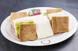 4 Sandwiches Surtidos