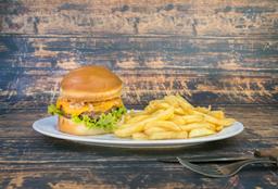 Cheeseburger casera con fritas