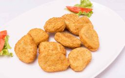 Nuggets de Pollo con Guarnición