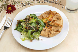 Tarta + Ensalada + Licuado