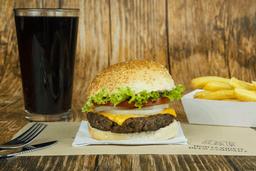 Combo 1 - Classic cheese burger + papas fritas + refresco