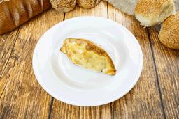 Empanada de Queso y Longaniza