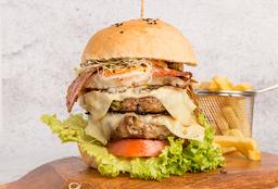 Combo Burger Doble Caracas de Noche