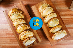 🥟Promo 12 Empanadas