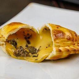 Empanada Parrillera