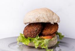 2x1 Hamburguesa Vegana de Falafel + Papas Rústicas