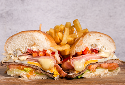 2x1 Chivito canadiense con guarnicion
