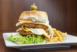 Hamburguesa Vegetariana con Guarnición + Postre