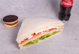 Sandwiche Olimpíco + Refresco 250 ml + Postre del día