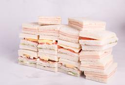 Sándwiches Surtidos - 24 Unidades