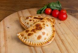 Empanada de Panceta, Morrón y Muzzarella