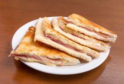 Combo 2 Sándwiches Calientes