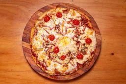 Pizzeta a elección + 2 latas de cerveza - 473 ml