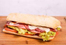 Sándwich de Bacon y Lomito
