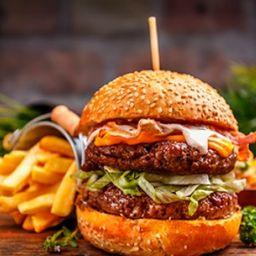 Hamburguesa Doble Carne con Fritas