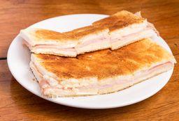 2x1 Sandwich Caliente