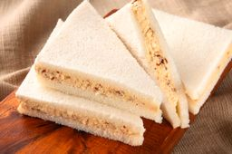 Sándwich de Pollo & Almendras x 2