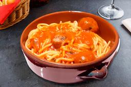 Albondigas con Pomodoro y Spaghetti