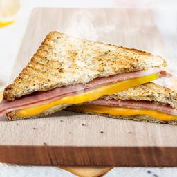Sandwiche de Jamón y Queso