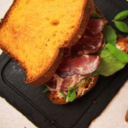 Sándwich en Pan de Zapallo