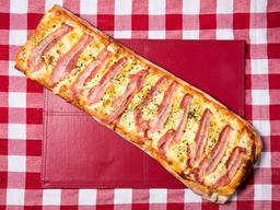 Pizza Muzzarella -1 Metro + 1 Gusto
