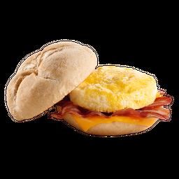 Criollo Bacon Queso y Huevo