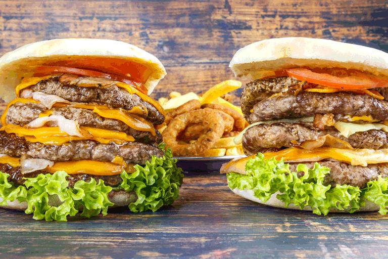 Logo Man vs. Food