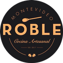 Roble Cocina Artesanal background